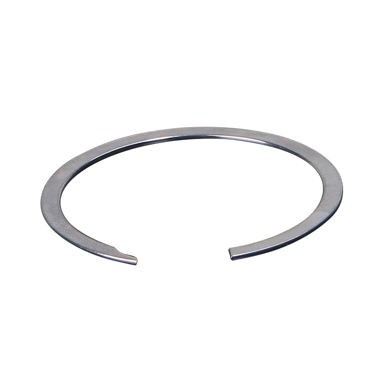 Characteristics and structure of no ear retaining ring